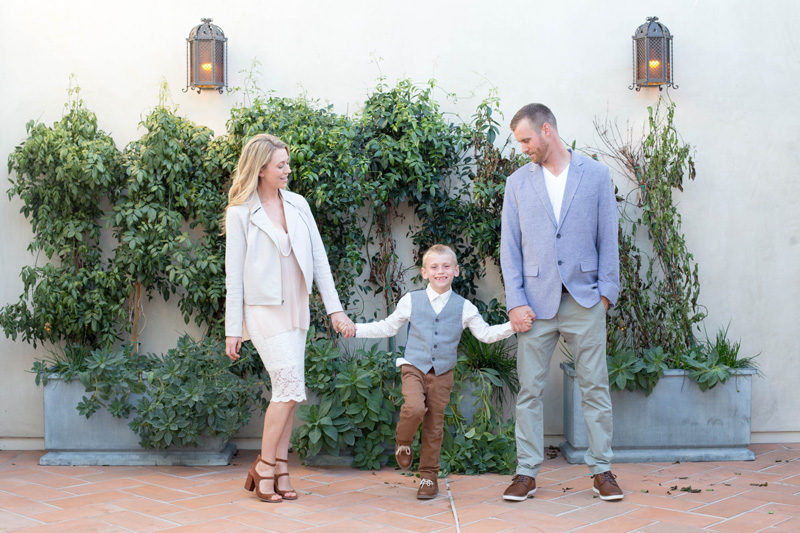 fancy family session in la jolla village
