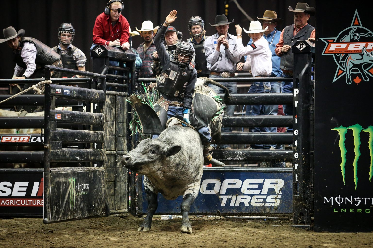Lonnie West Claims Abbotsford Title In First Pbr Victory