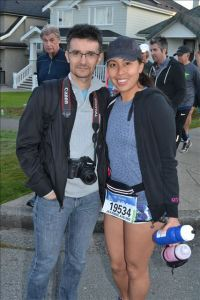 Cuski and I on our way to the start - photo by MarathonFoto