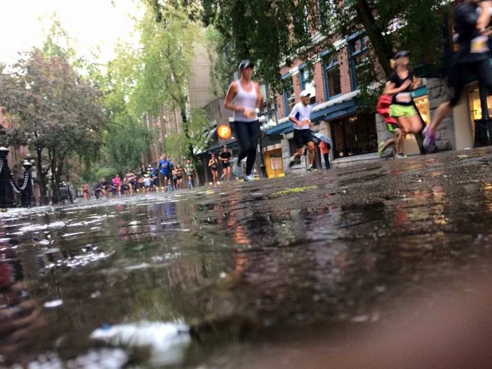 Running through Gastown - Photo by Carmen Marin