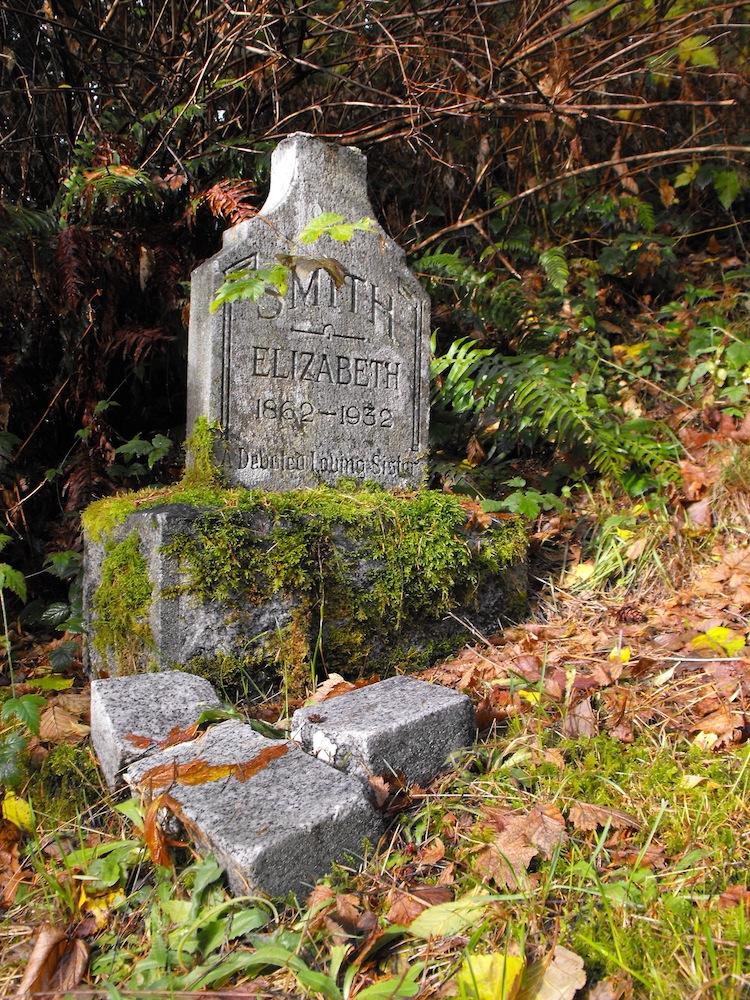 Elphinstone Pioneer Cemetery