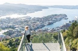 Het uitzicht vanaf de top van Mount Fløyen • everythingelze.com