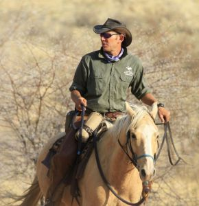 The Riding Holiday Show - Andrew Gillies - Namibia guide