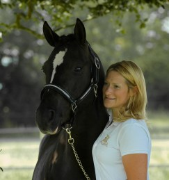 Lara Dyson and Stallion Cyden Oostings Amigo Photo Credit Emma Mitchell