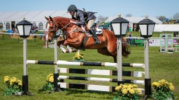 Win Sponsorship from Equerry Horse Feeds Image Bonnie Fishburn at Kelsall Hill - SJ