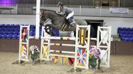Louise Saywell riding Pieter VI