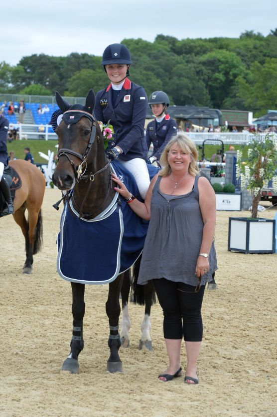 Allana Clutterbuck winner of Pony Syndicate 148cms European Pony Viewing Trials GP