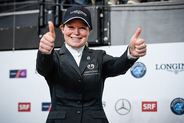 A bright new face lit up the sport of showjumping today when Swedish newcomer, Stephanie Holmen (27), simply out-rode many of the best in the world to win the eleventh leg of the Longines FEI World Cup™ Jumping 2017/2018 Western European League in Zurich, Switzerland. (FEI/Katja Stuppia)
