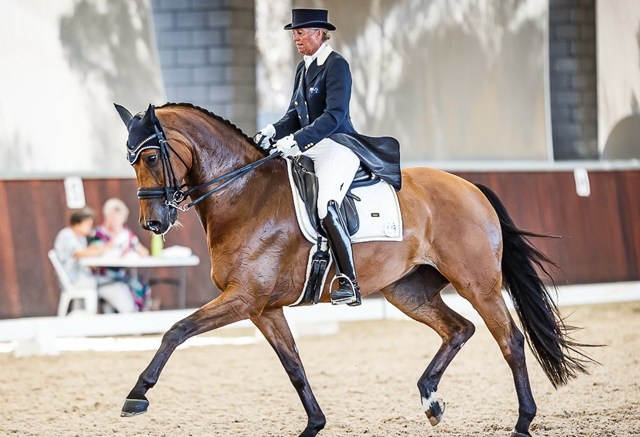 Australia's Mary Hanna claimed the single available qualifying spot for the FEI World Cup™ Dressage 2018 Final in Paris (FRA) in April when coming out on top at the Pacific League Final at Boneo Park, Boneo (AUS) last Saturday riding Calanta. (FEI/Stephen Mowbray