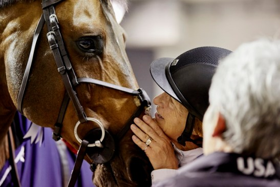 A special moment between America's Beezie Madden and her winning horse, Breitling LS, who has put her out in front after the opening competition at the Longines FEI World Cup™ Jumping 2018 Final in Paris (FRA) tonight. (FEI/Liz Gregg)