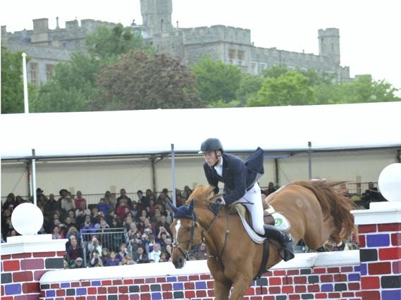 Royal Windsor Horse Show Puissance