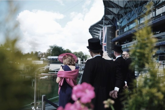 Looking forward to a bumper Royal Ascot - image race goers
