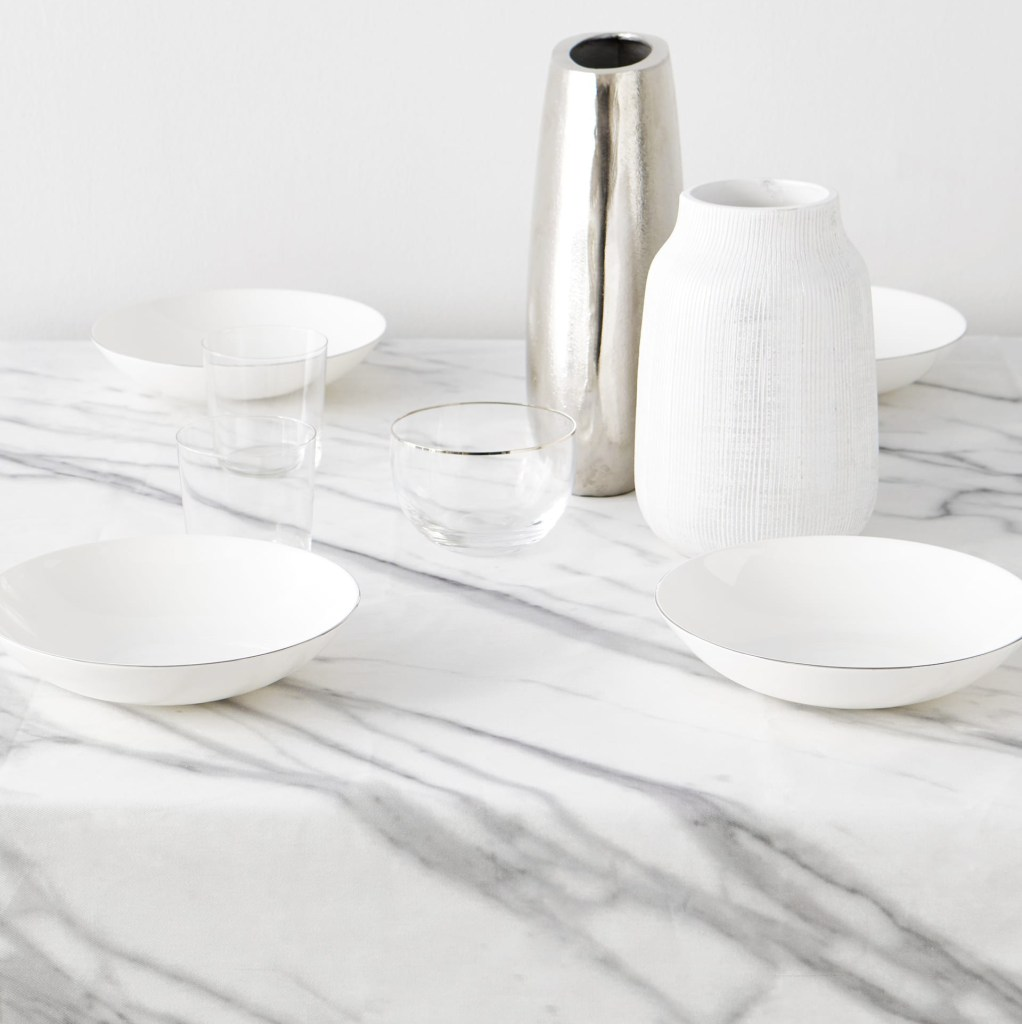 Marble resin tablecloth by Zara Home