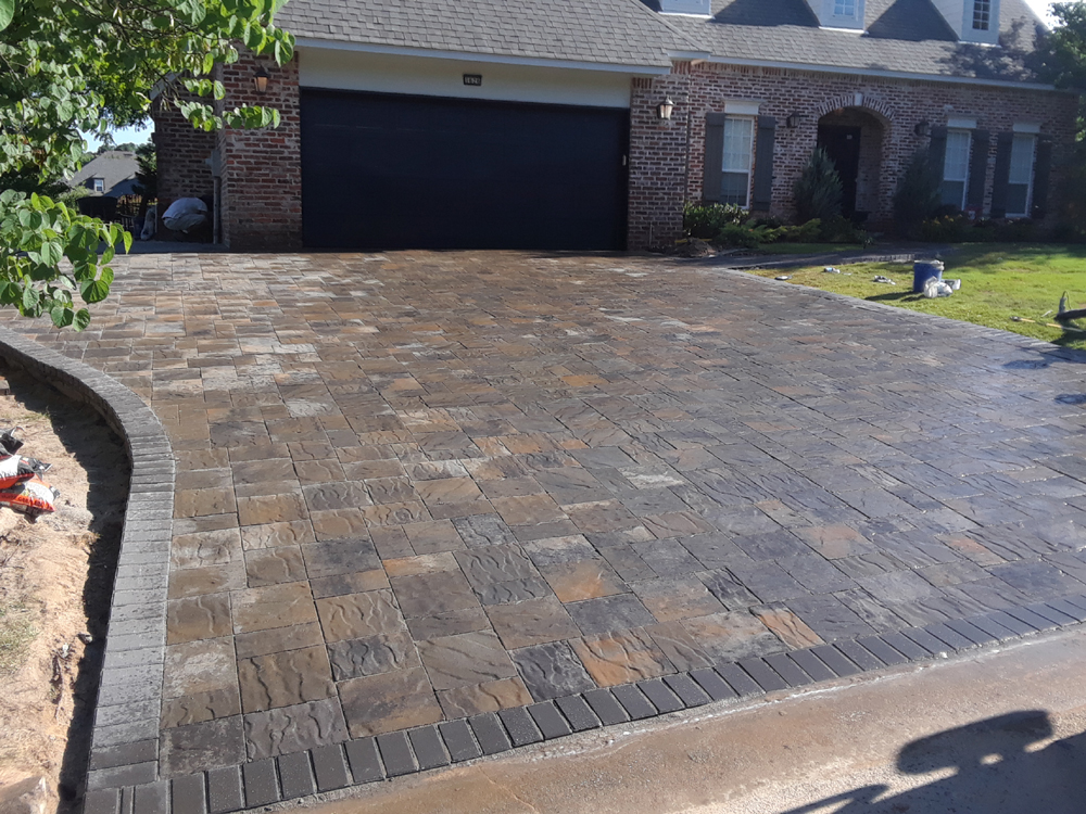 Everything Outdoors Stone Amp Paver Patios Landscaping