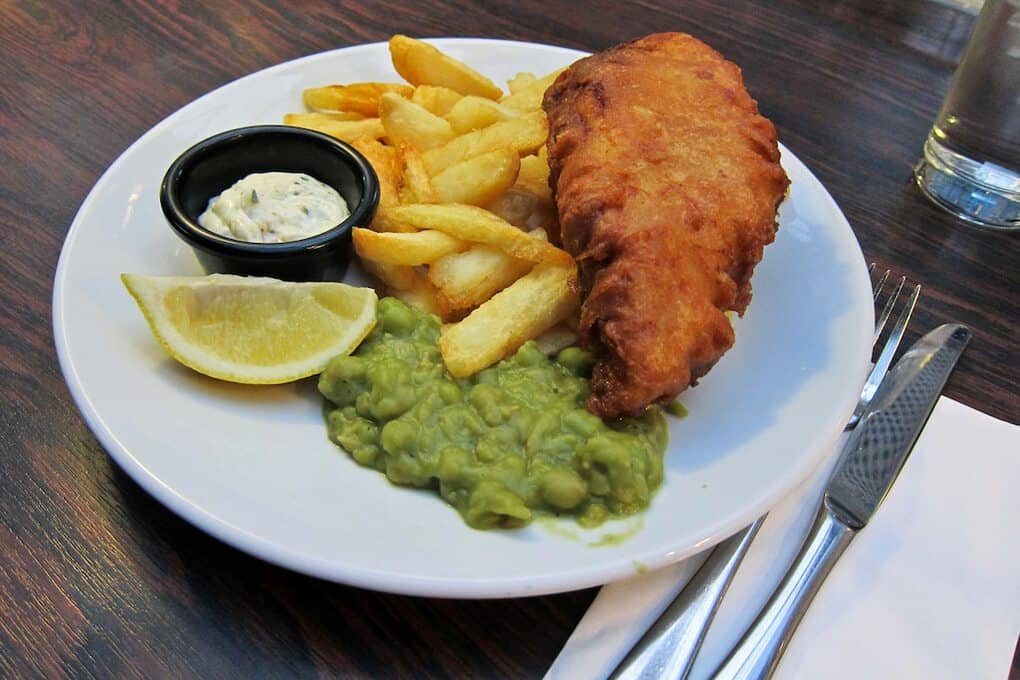 List of Traditional and Most Popular British Foods to Try in the UK