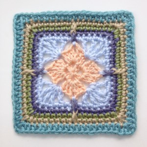 Lizzy, 6 inch afghan block