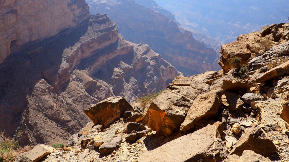 Blick vom Balcony Walk ins Wadi Ghul im Oman