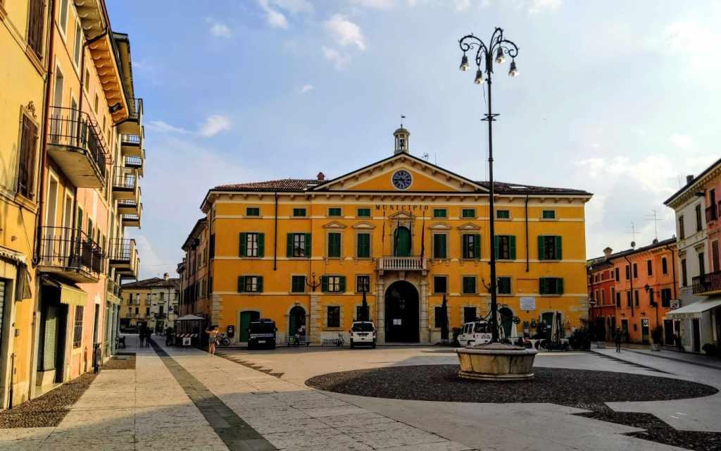 Gardasee Ausflüge - Rathaus von Valeggio sul Mincio