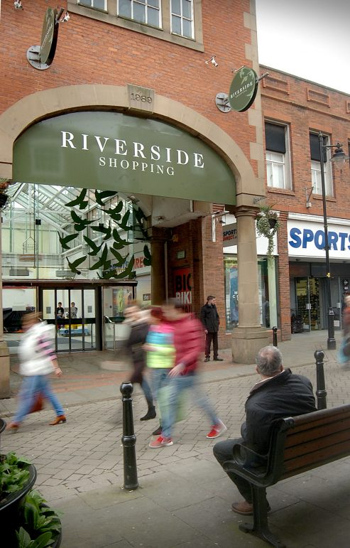 Smoke from Riverside Shopping Centre shop caused by electrical fault  The Evesham Observer