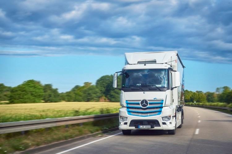 Daimler Trucks: E-Mobility Group lanciert umfassendes Ökosystem für den Einstieg in die E-Mobilität Daimler Trucks: E-Mobility Group launches comprehensive ecosystem for entry into e-mobility
