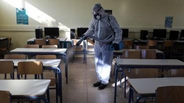 Κρίσιμες οι επόμενες ημέρες για το άνοιγμα των σχολείων