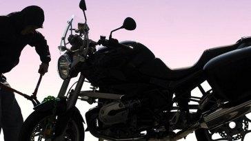 Μαντούδι κλοπή δίκυκλης μοτοσικλέτας