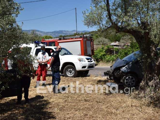 """Τροχαίο ατύχημα στα """"Δύο Βουνά"""""""