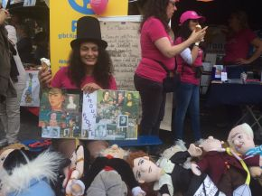 Evie and her Famous People dolls, Bonn, Fest der Kulturen