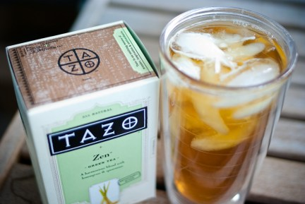 Iced tea and box of tea bags