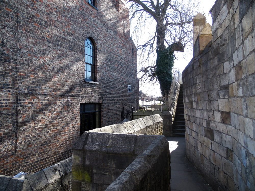 Faire le tour de York via les remparts
