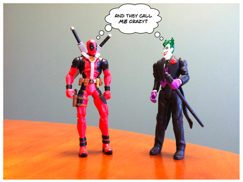It's the battle of the homicidal maniacs!!!
