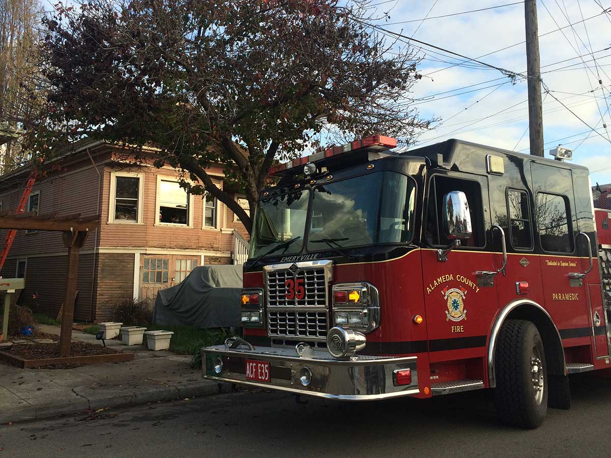 Early morning House Fire claims family pet, damages Central Emeryville Home