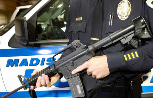 ar-15-assault-rifle-police-issued