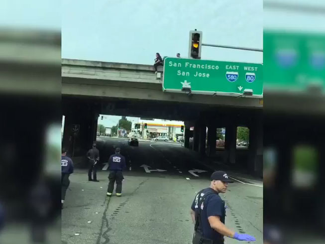 Alameda County Firefighters Intervene in apparent Suicide Attempt on I-80