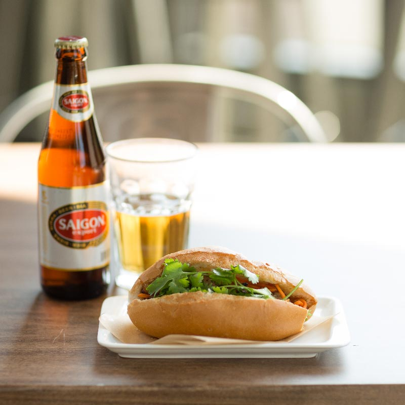banh-mi-joint-emeryville-oakland-sandwich-beer