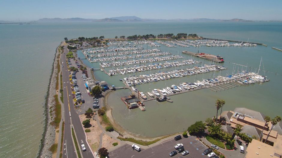 Wave of Emeryville Marina Evictions Pushing Some Liveaboards