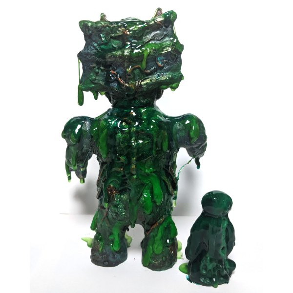 back of the Slimer-Rey resin toy