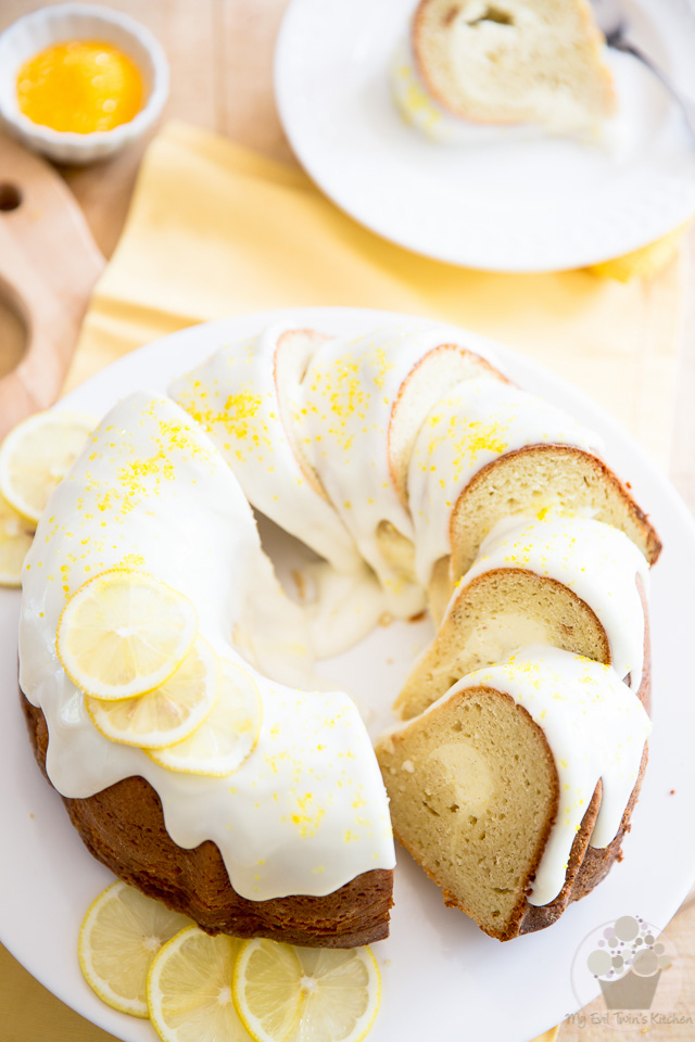 Lemon Cream Cheese Bundt Cake