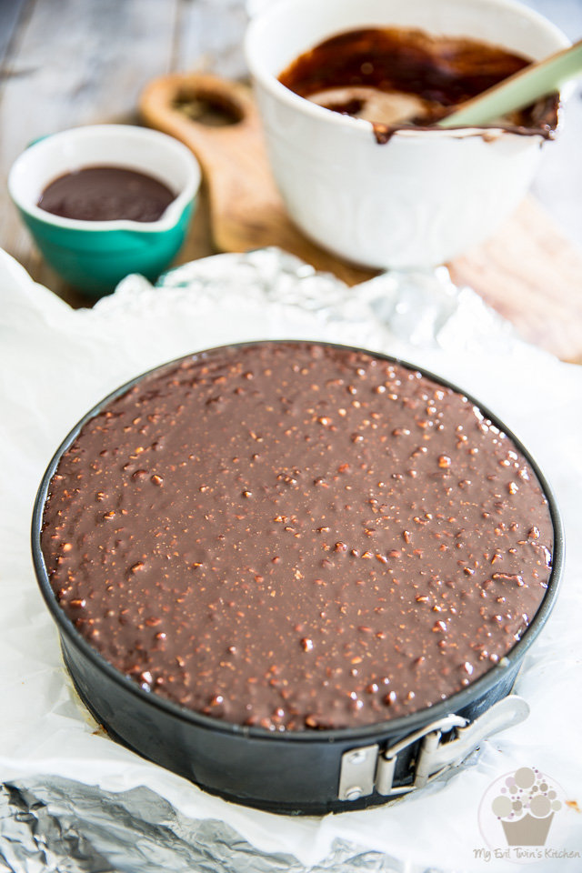 Ferrero Rocher Nutella Cheesecake by My Evil Twin's Kitchen   Recipe and step-by-step instructions on eviltwin.kitchen