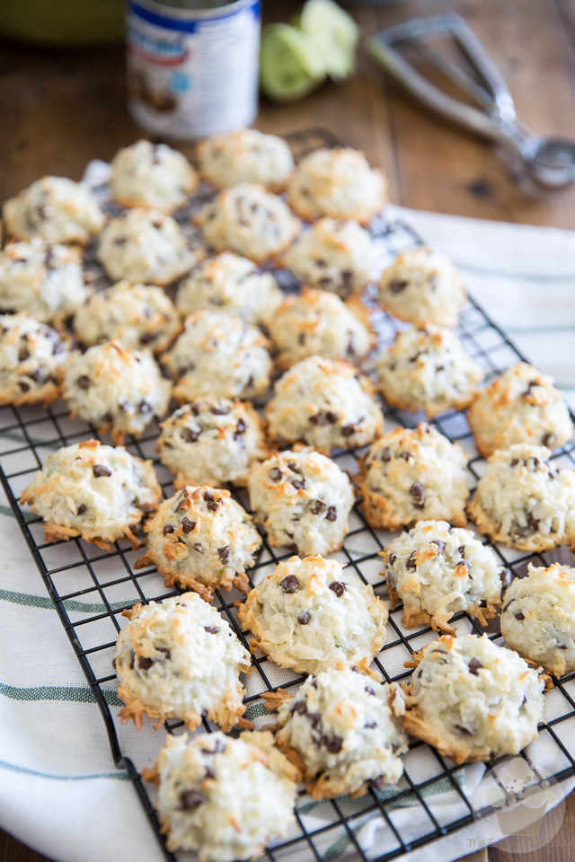 Lime & Dark Chocolate Coconut Macaroons by My Evil Twin's Kitchen   Recipe on eviltwin.kitchen