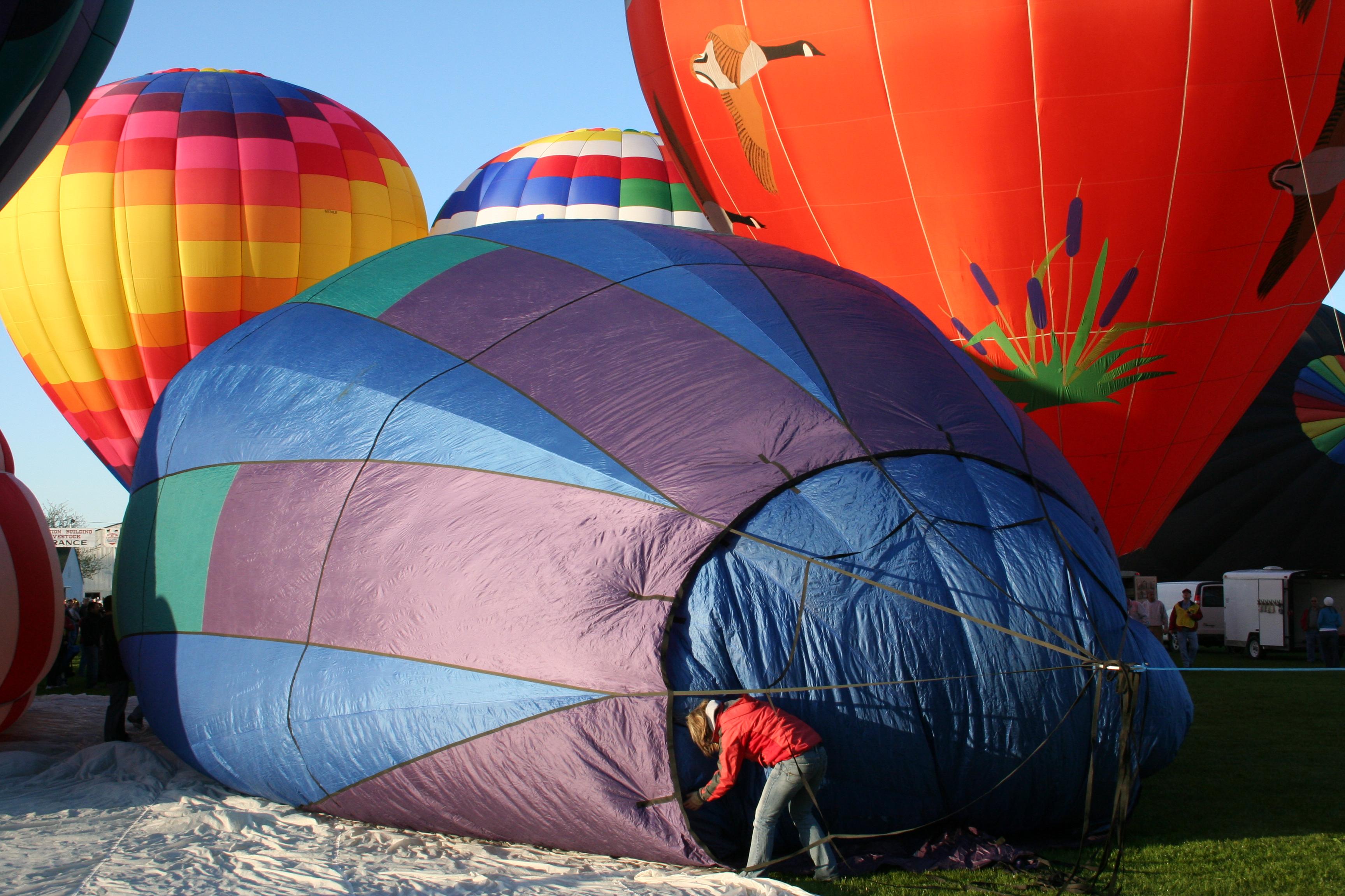 balloon raising