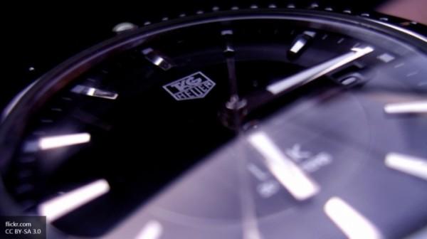 Швейцарская компания TAG Heuer представит свою модель умных часов