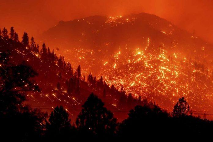 Дикси огонь самый большой в Калифорнии когда-либо