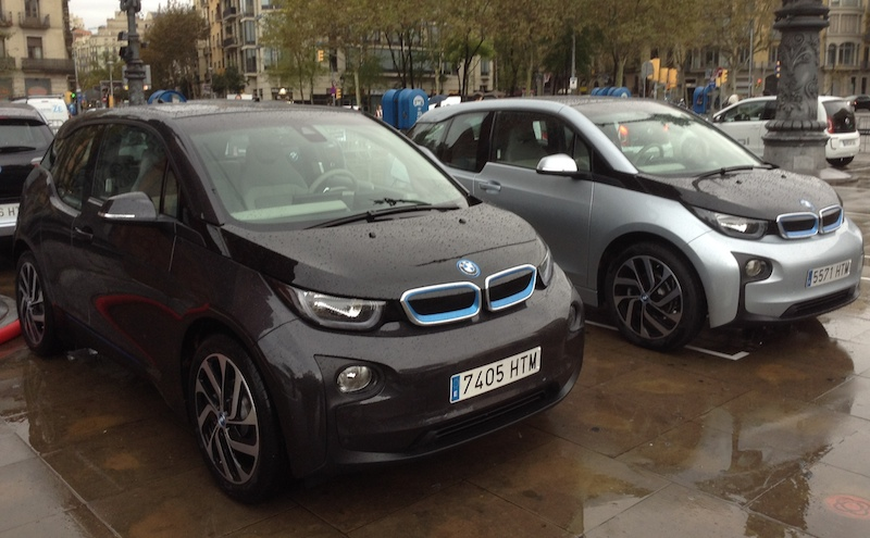 BMW i3 black & silver/black at Arc de Triompf in Barcelona, Spain.(This image is available for republishing and even modification under a CC BY-SA license, with the key requirement being that credit be given to Zachary Shahan / EV Obsession/ CleanTechnica, and that those links not be removed.)