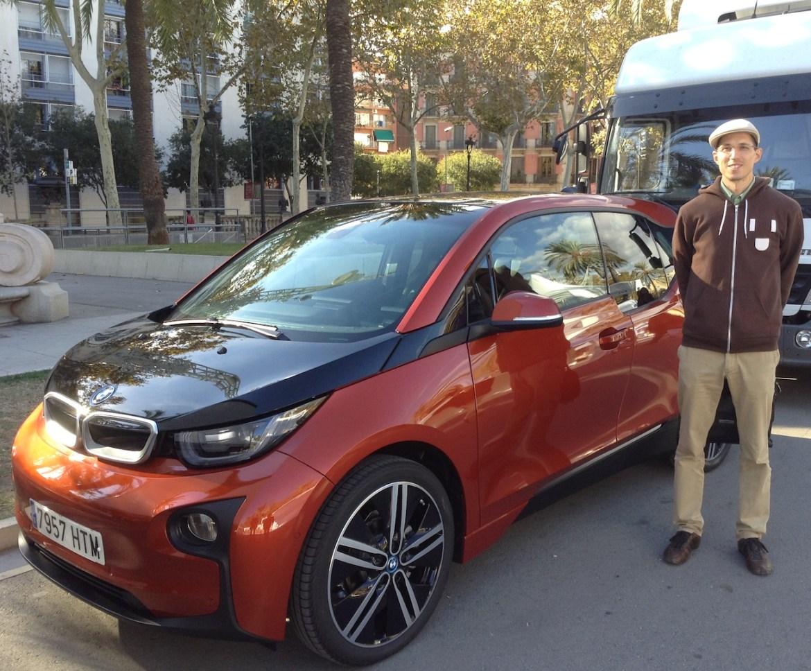BMW i3 and me at Arc de Triompf in Barcelona, Spain.(This image is available for republishing and even modification under a CC BY-SA license, with the key requirement being that credit be given to Zachary Shahan / EV Obsession/ CleanTechnica, and that those links not be removed.)