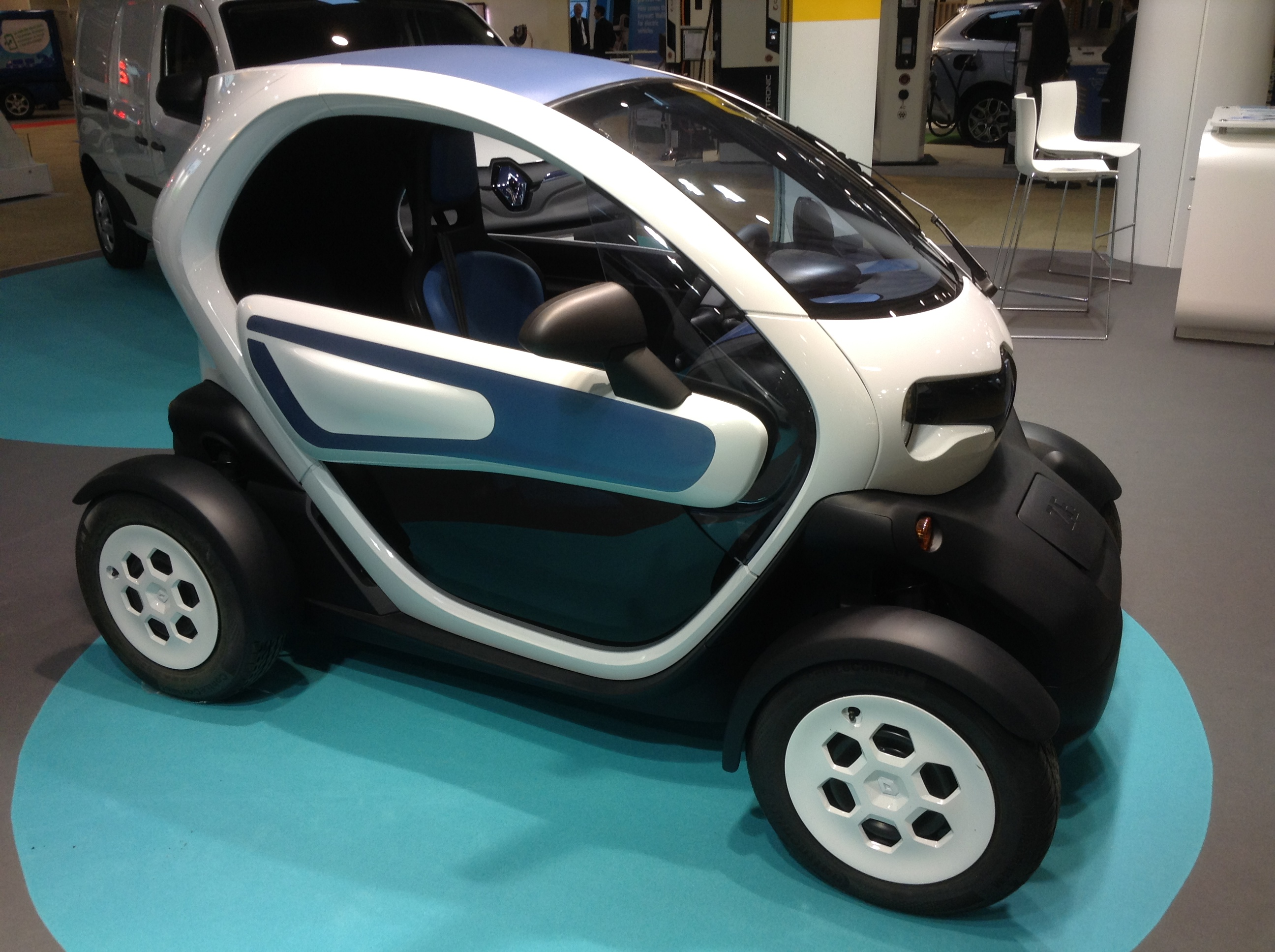 Renault Twizy Sales Reunite Canada And France