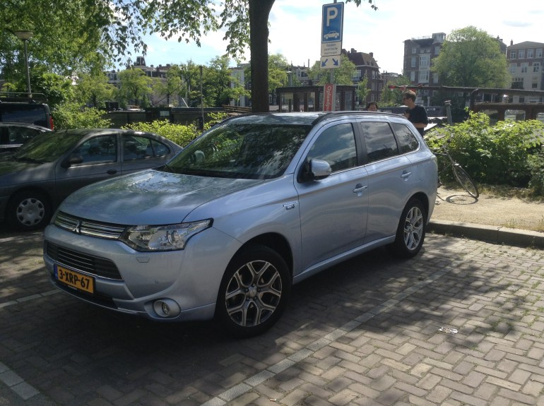 Mitsubishi Outlander Plug In Netherlands 8