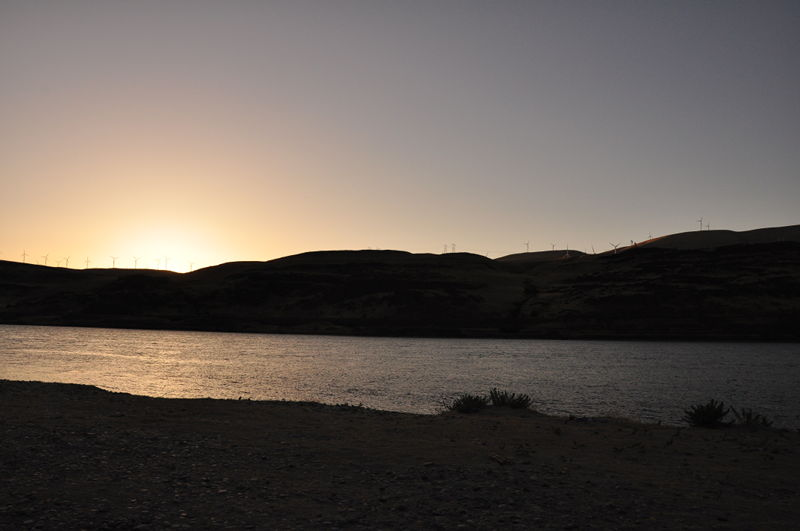 Sunset picture at our free campsite on the Columbia river while living in our RV full time.