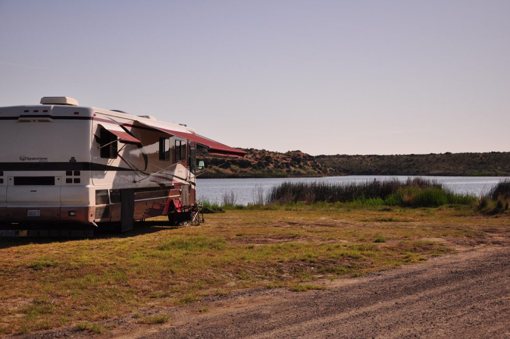Quincy Lake boondocking in Eastern Washington state while living in our RV full time.