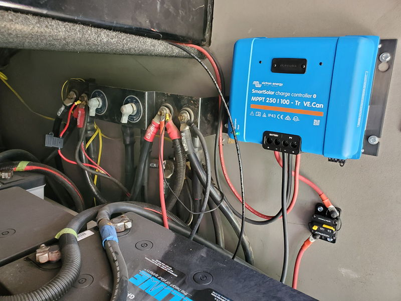 Our new Victron 250/100 charge controller mounted in the battery bay in our 97 Monaco Signature.